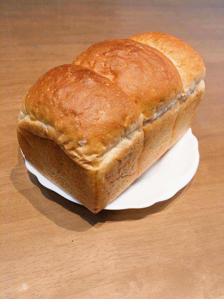 365ぱんの食パン