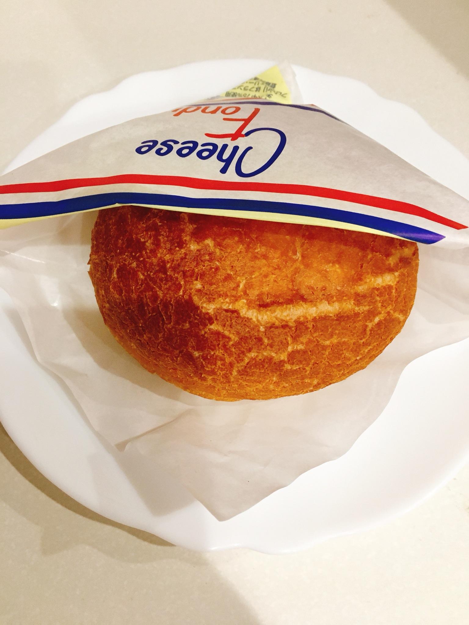 パリクロアッサンのダブルチーズフォンデュ