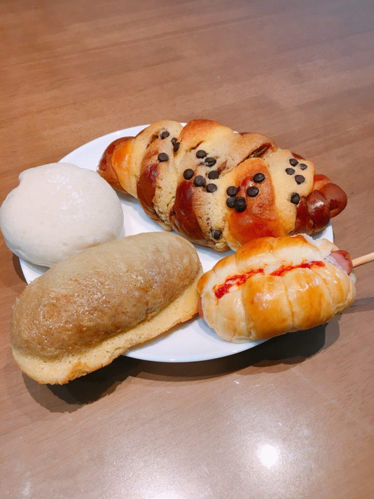 優しいかおりのパン家さんのパン