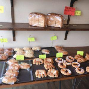 ぱんやさんkikiの複数種類のパン