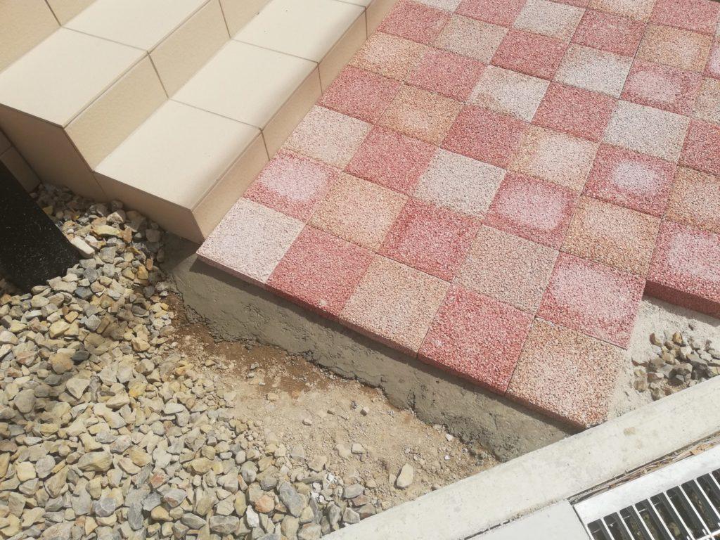 玄関アプローチの施工